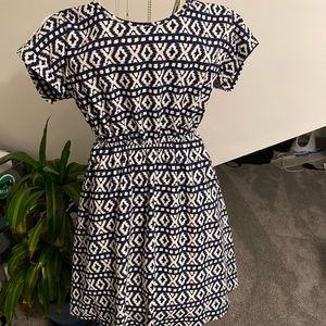 Pretty Blue and White Patterned Dress